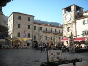 Melnkalne gardēžiem
