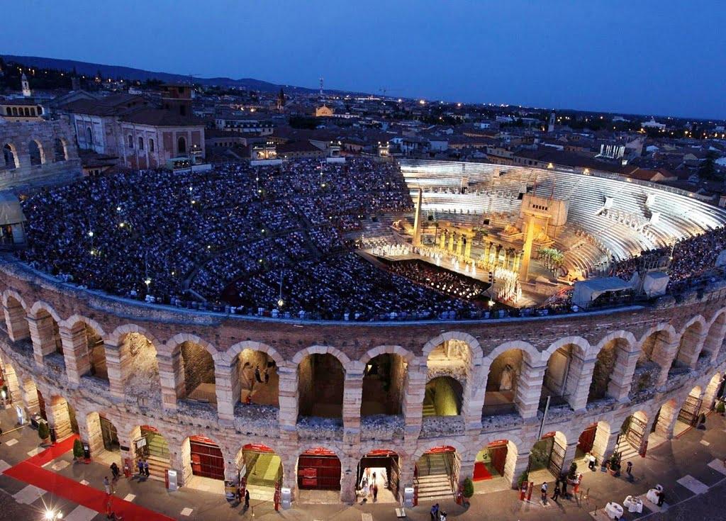 Opera Aīda – Veronas arēnā, Valpoličellas un Frančakortas vīna dārzi
